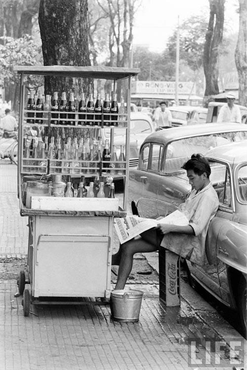 Từ 1960, Coca cola chính thức có mặt ở Sài Gòn.