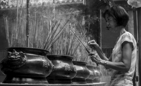 Chợ Lớn (Chinatown) temple, Ho Chi Minh City (ex-Saigon), Vietnam