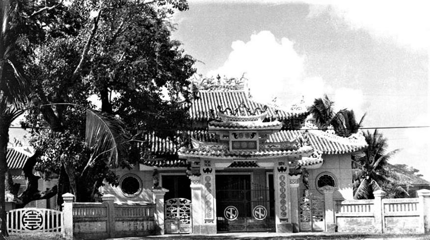 Vietnam Center and Archive - Đền thờ Nguyễn Trung Trực tại Rạch Giá