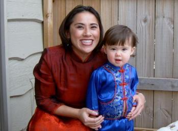 寶寶Julie Davis和她的女兒