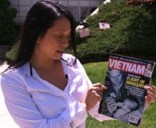 Jennifer Nguyen Noone, 2006年出版的《越南》,刊登她的寶寶照片。