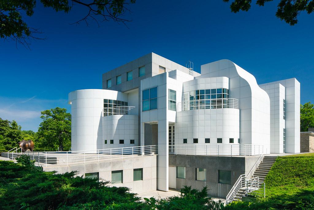 1985 Meier Wing, Des Moines Art Center | Des Moines, IA | Richard Meier